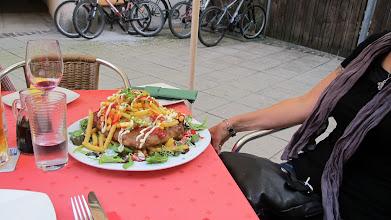 Photo: Ein kleines Fleischlaiberl (auf Bayerisch Fleischpfanzerl)