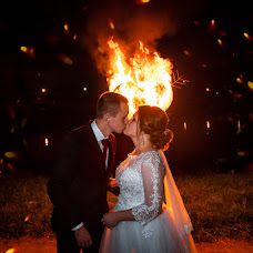 Wedding photographer Aleksandr Tarasevich (AleksT). Photo of 13.10.2018