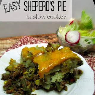 Easy, but Quick Shepherds Pie in Slow Cooker.