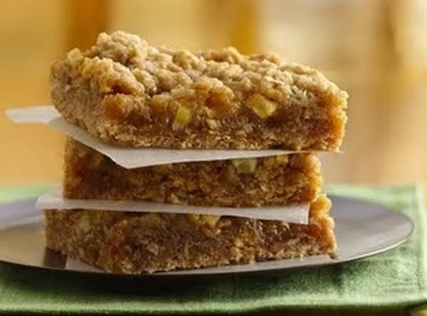 Easy Caramel Apple Bars Recipe
