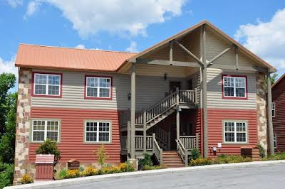 Lodges at the Great Smoky Mountains