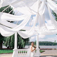 Wedding photographer Olga Kuzik (olakuzyk). Photo of 14.08.2018