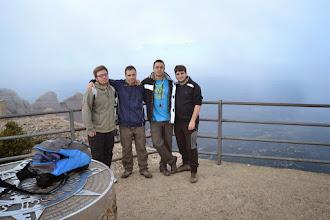 Photo: L'Abde, el Martí i uns amics a Sant Jeroni (1.236m).