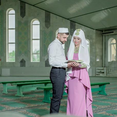 Wedding photographer Sergey Spiridonov (SERIC). Photo of 10.09.2017