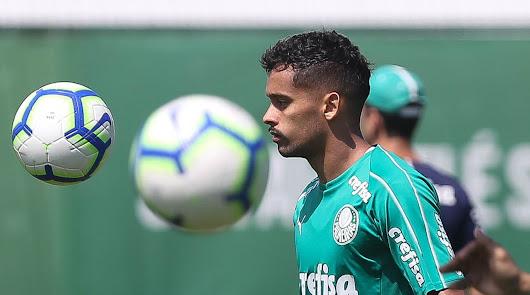 Gustavo Scarpa ha dejado de entrenar con Palmeiras.