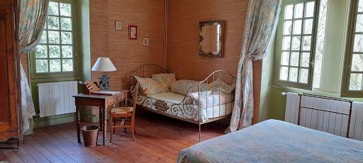 Chambre d'hôtes Belle Epoque dans la suite familiale
