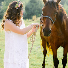 Wedding photographer Anastasiya Rusanova (ovchinnikovafoto). Photo of 11.08.2017