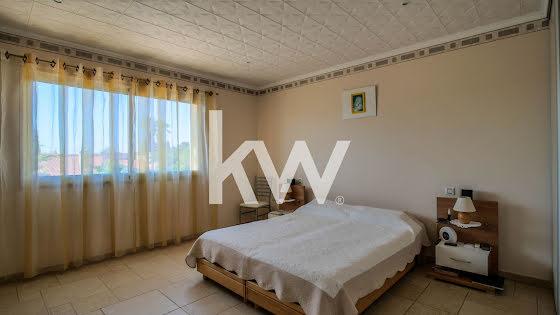 Vente villa 5 pièces 185 m2