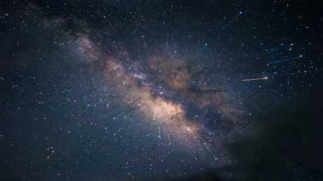 اكتشاف آلاف الكواكب خلف درب التبانة