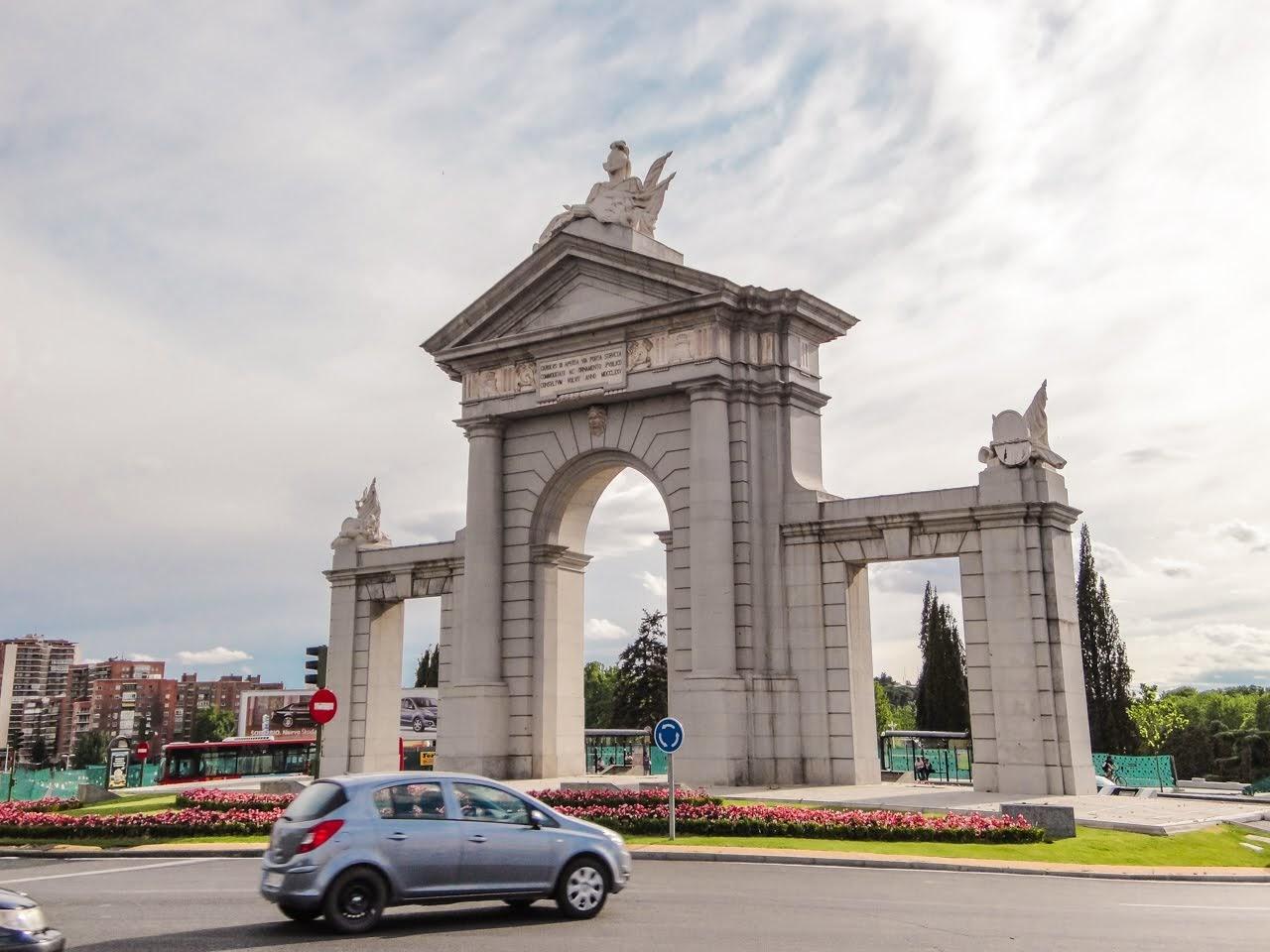 La Puerta de San Vicente in the late afternoon