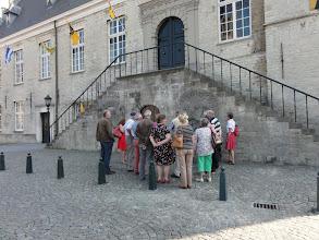 Photo: Aan hzt stadhuis van Hulst