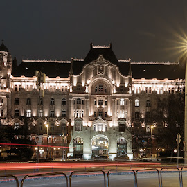 The Four Seasons Hotel, Budapest at Night by . Reedd2 - Buildings & Architecture Office Buildings & Hotels ( hungary, building, budapest, gresham palace, nightlights, four seasons hotel, palace )