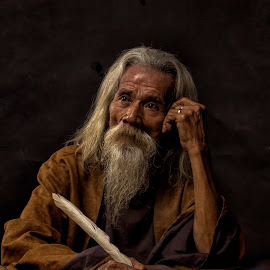 The old thinker by Dikye Darling - People Portraits of Men ( old, thinking, oldman )