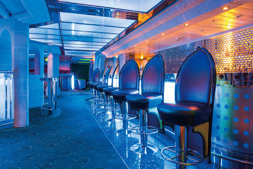 Head to the Dragon's Lair on Mariner of the Seas for late-night dancing.