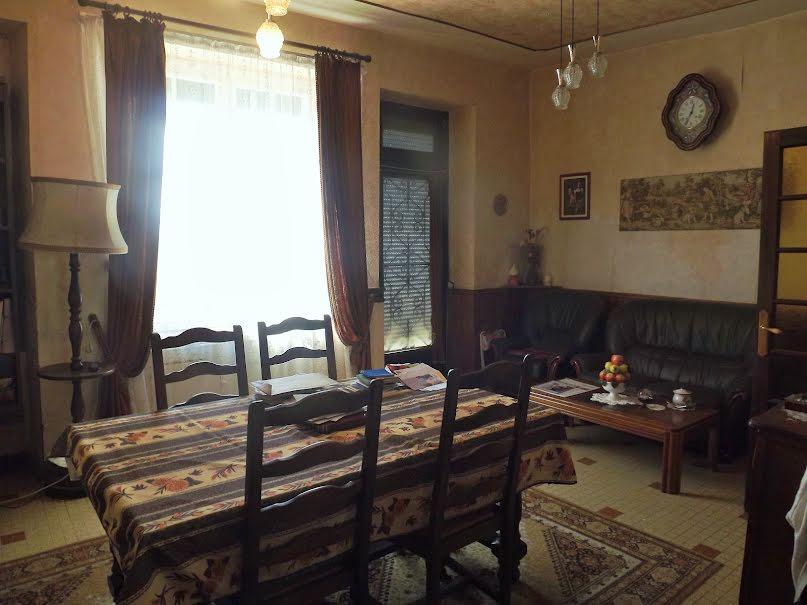 Vente maison 6 pièces 127 m² à Villeréal (47210), 81 000 €
