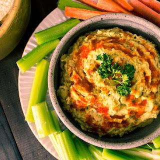 Vegan Buffalo Ranch Hummus