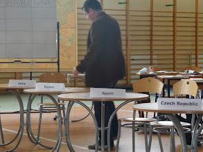 Photo: Preparant les taules pel concurs de polonès