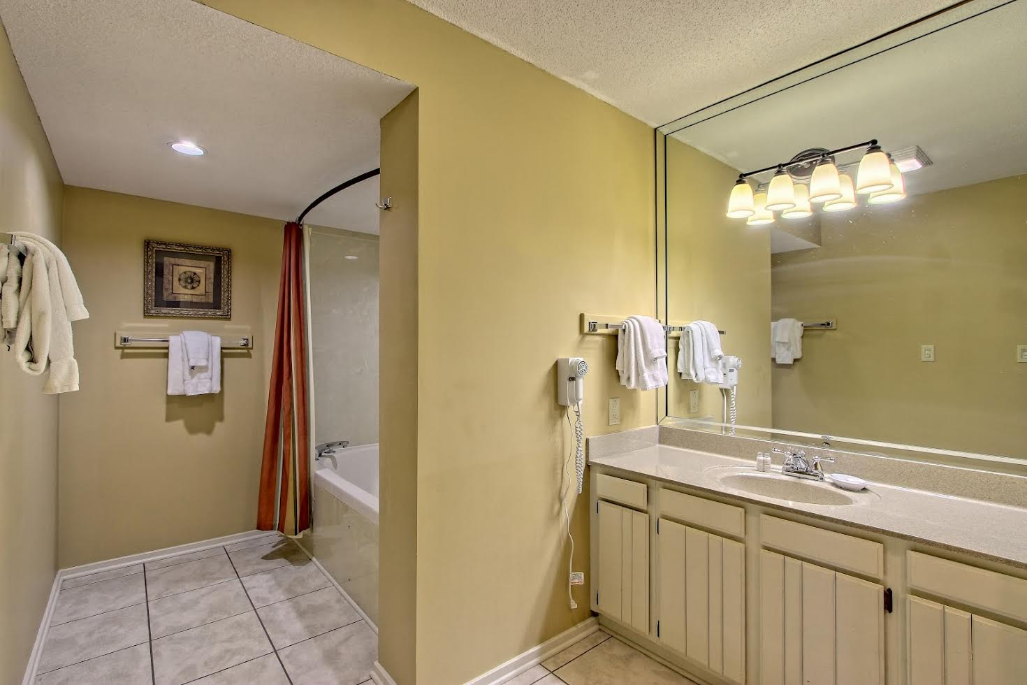 Two Bedroom Suite Picture Number 3