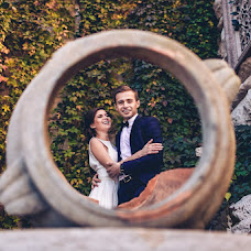 Wedding photographer Roman Selyutin (fotoroman). Photo of 10.10.2014