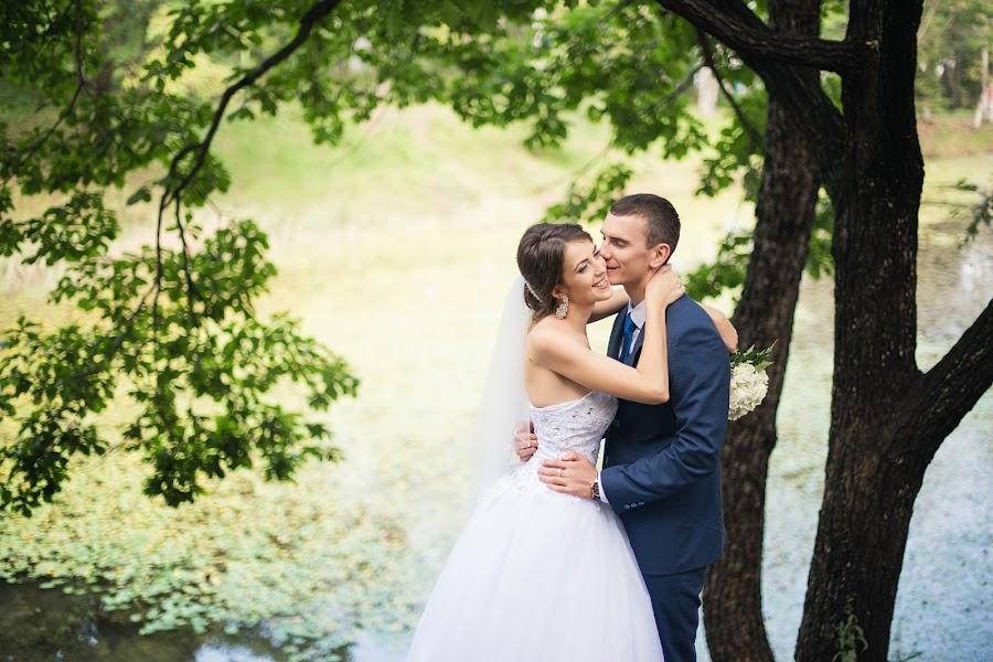 Wedding photographer Anton Tyurin (AntZ78). Photo of 26.03.2017