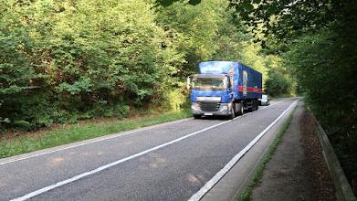 Photo: Sur la route de Tancrémont et ses nombreux camions