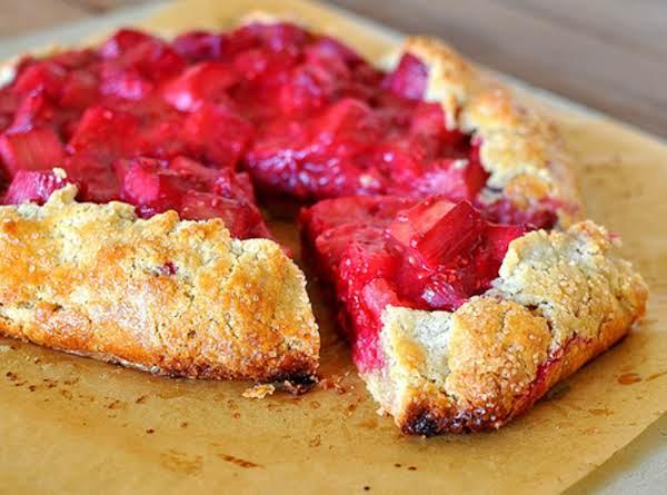 Rhubarb & Raspberry Pizza