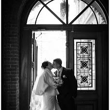 Wedding photographer Vika Tolmacheva (Viko). Photo of 01.04.2014