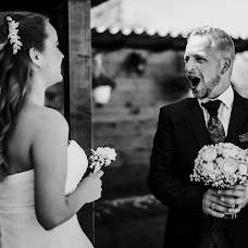 Wedding photographer Gábor Badics (badics). Photo of 23.04.2018