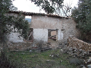 Photo: Antiguo Cortijo donde estaba el transformador de la luz - Mesones