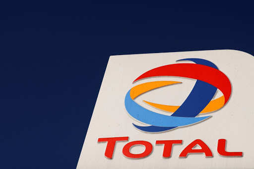 Mozambique unaware of Exxon, Total talks on LNG resource-sharing deal