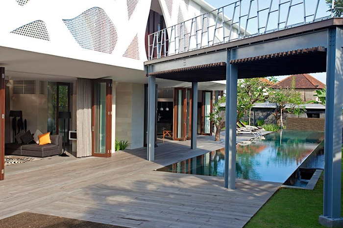 A Stylish and Sublime Issi Villa