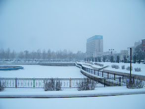 Photo: 2nd snow in Qiqihar, 2012. It has been lasted 2 days. winter looks really descending now, while benzrad 朱子卓 praying for hard time reserve in bad economy in sinking PRC, during its sucking CCP national congress.