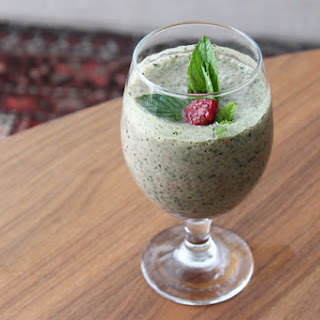 Raspberry And Mint Green Smoothie.