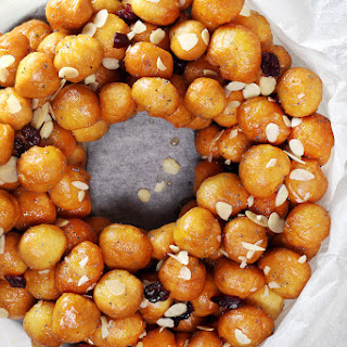 Italian Honey Balls (Struffoli).