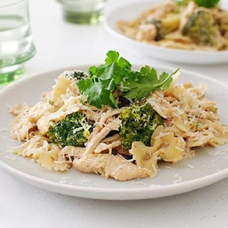 Slow Cooker Chicken Broccoli Alfredo.