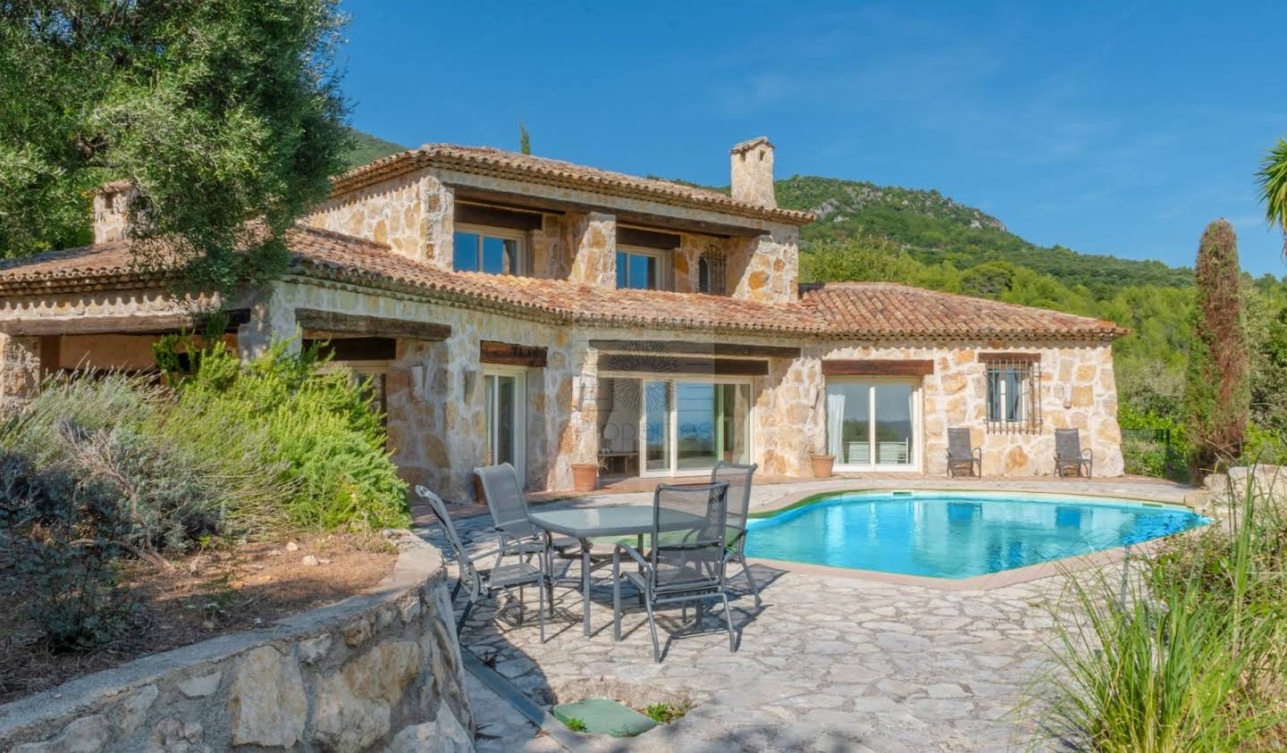 House with pool and terrace Tourrettes-sur-Loup