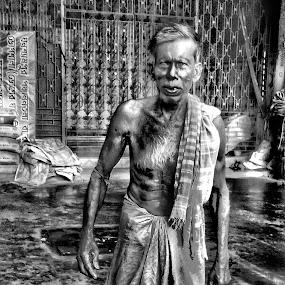 Portrait  by Sumita Mehera - People Portraits of Men