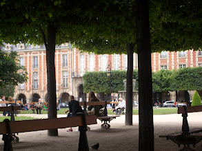 Photo: Place De Vosges, Paris, France