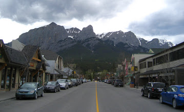 Photo: Canmore .