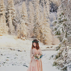 Wedding photographer Alena Sinenko (Ariena). Photo of 03.12.2015
