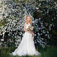 Wedding photographer Oksana Ryabovol (oksss12333). Photo of 14.06.2018