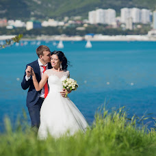 Wedding photographer Roman Gukov (GRom13). Photo of 15.05.2017