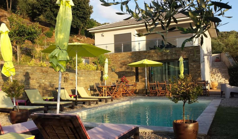 Propriété avec piscine et jardin Saint-Florent