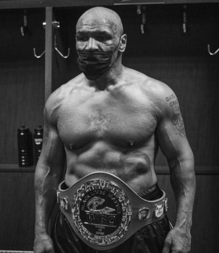 Tyson sigue vigente a los 54 años.