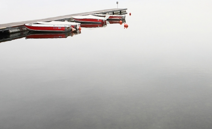 Red boats di Alessandro Remorini