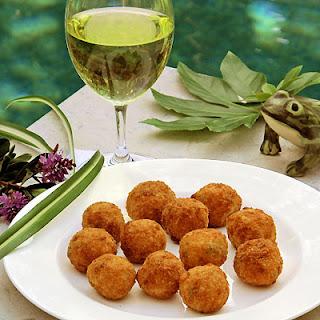 Arancini- Italian Street Food or Elegant Appetizer? You decide