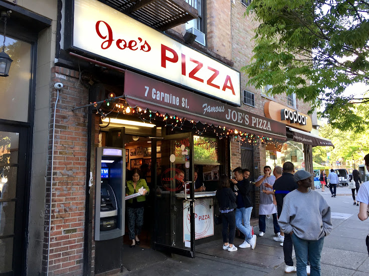 Step right up to Joe's Pizza.