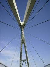 Photo: ... per la sua identica struttura avveniristica