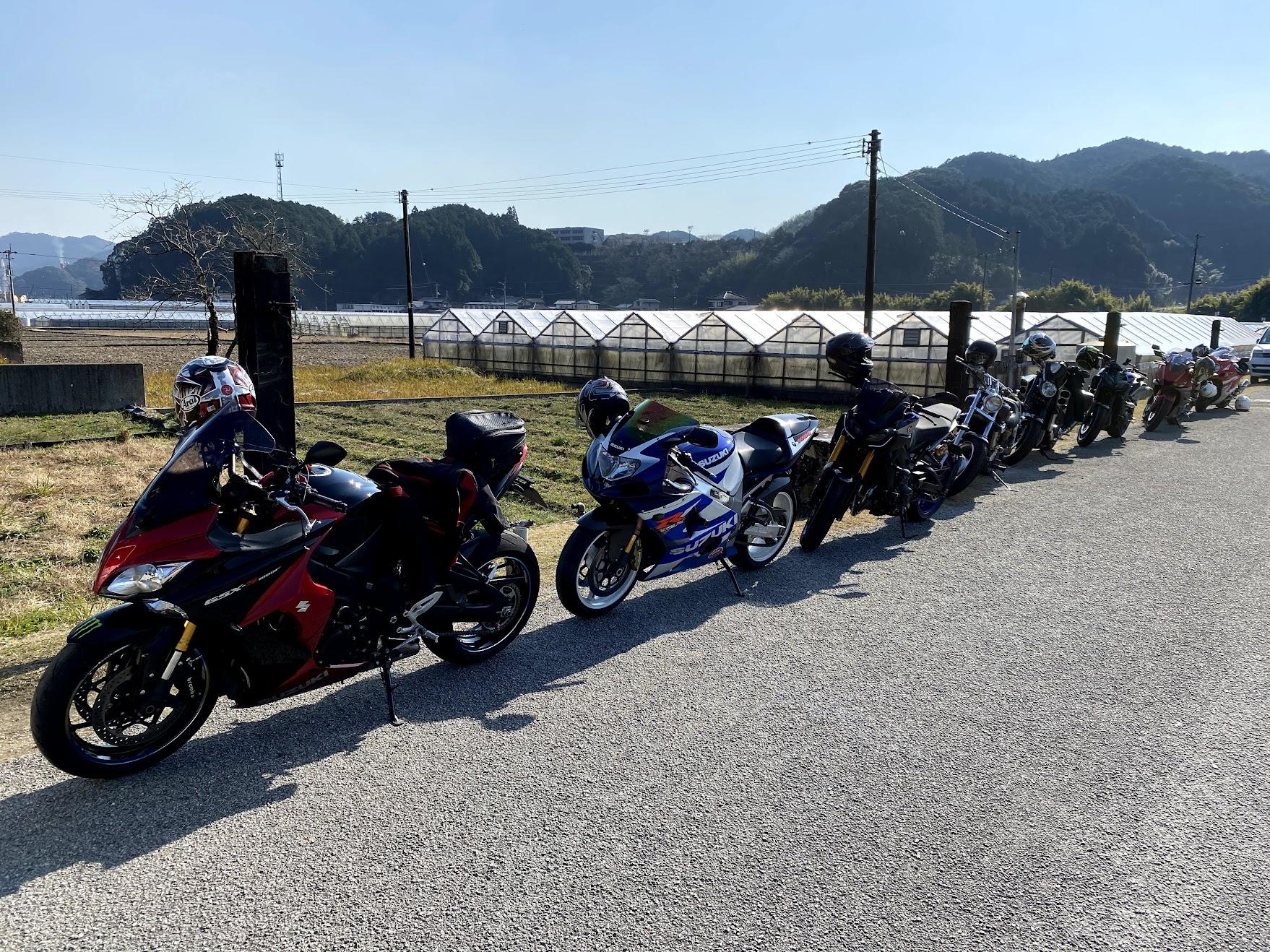 賀茂神社駐車