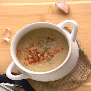 Smoky Roasted Garlic & White Bean Soup